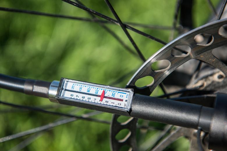 2_ELECTRIC BIKE PUMP BERKUT™ VL-1000